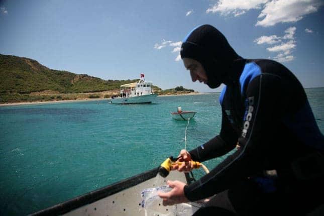 Dalış Teknesi Fotoğrafı 2